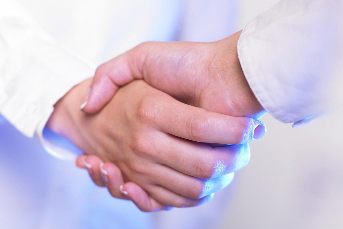 PreZero Pyral - Handschlag